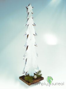 Christmas Tree Statue 1