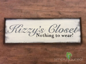 Sign Kizzys Closet
